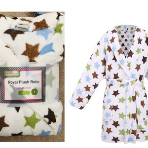 Simplicity Children Boys Girls Bathrobe and Cover up 10-12 Years , White With Green/Brown Stars(pick up only) for Sale in Alexandria, VA