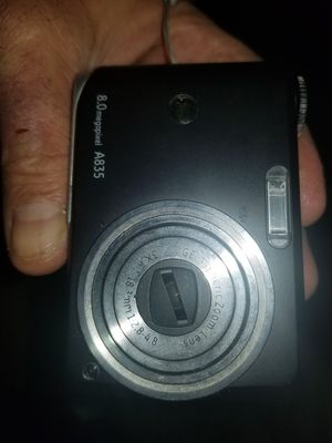 Vintage g.e 8 megapixel zoom camera in case for Sale in Leominster, MA