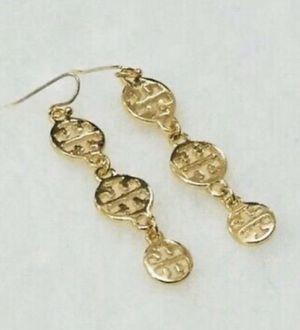 TORY Burch Designer Logo LONG ROUND CIRCLE GOLD DANGLE DROP Earrings for Sale in Macomb, MI
