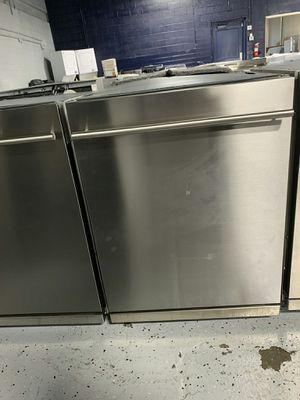 Blomberg- Stainless dishwasher for Sale in Livonia, MI