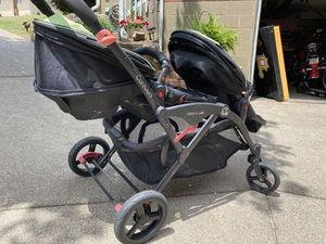 Contours Options Elite Double Tandem Stroller for Sale in Pittsburgh, PA