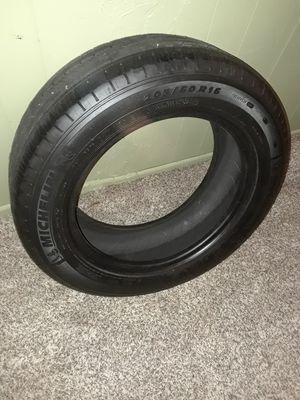 Michelin Tire 205 60 16 for Sale in Odessa, FL