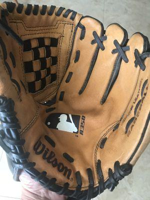 Youth baseball glove for Sale in La Costa, CA