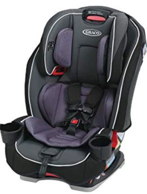 Graco SlimFit 3-in-1 Convertible Car Seat! for Sale in Trenton, NJ