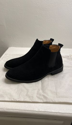 Men's ankle chelsea boot in black suede. Size 39 (US size 6.5-7) for Sale in West Hollywood, CA