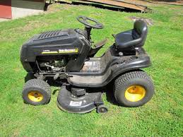 Riding lawn mower for Sale in Lewis Center, OH
