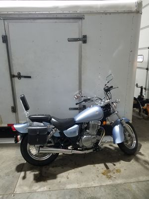 Motorcycle Suzuki gz250 2007 for Sale in York, PA