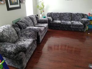 Three piece sofa set for Sale in Leesburg, VA