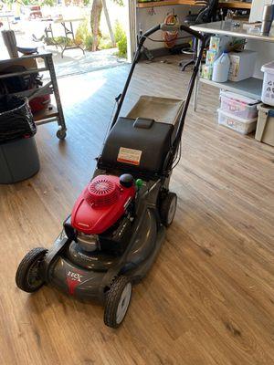 Honda Lawn Mower for Sale in Rancho Santa Margarita, CA