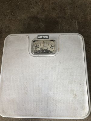 Metro bathroom scale 300 lb for Sale in Pflugerville, TX