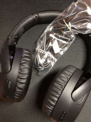 Sony Bass Boosted Headphones - WHXB700/B for Sale in Pembroke Pines, FL