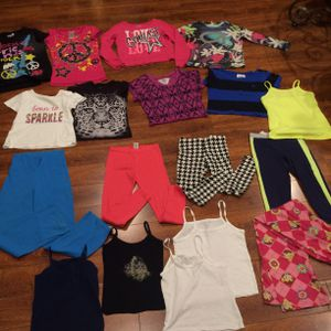 Girls kids clothing mixed lot sz 5-7T more than pcs for Sale in Los Angeles, CA