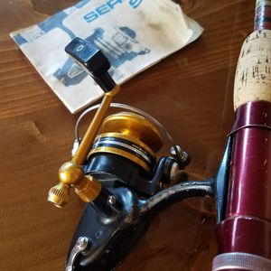 "Vintage / Great Condition / Penn 430 SS Spinning Reel and 6'6"" Kwik Taper Old School Shakesphere Fishing Rod for Sale in Orland Park, IL"