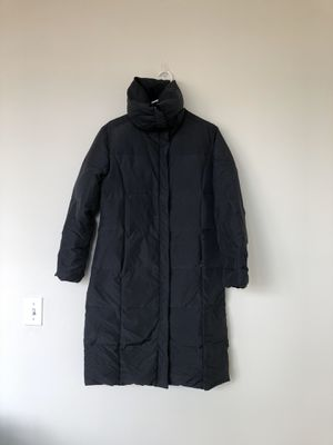 Calvin Klein Women's Goose Down Full Length Zip Jacket Coat Parka Black Sz Small. No marks. Smoke free home.. for Sale in Washington, DC