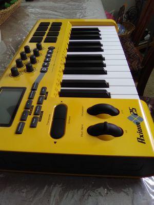 Keyboard for Sale in San Antonio, TX