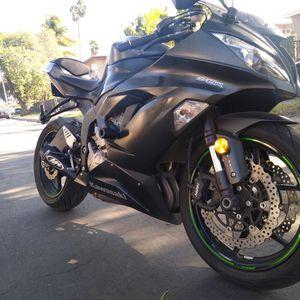 2016 Kawasaki Ninja ZX6R 636 ABS Clean Title for Sale in Santa Ana, CA