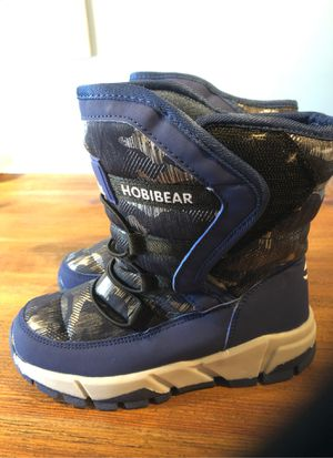 Kids Snow Boots Size 1 for Sale in Whittier, CA