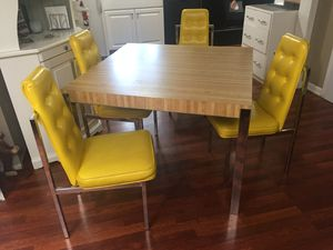 197O's table and chairs for Sale in Bellevue, WA