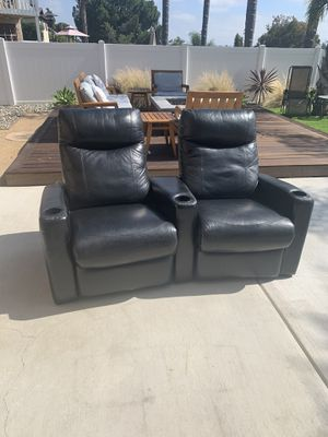 Coasters leather theater recliners for Sale in Spring Valley, CA