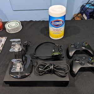 Xbox One X and Accessories for Sale in Mount Prospect, IL