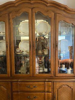 Stanley Martin Vintage Dining Room Set for Sale in Clifton,  VA