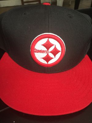 Men's Reebok NFL Pittsburgh Steelers Fitted Cap/Hat Black Red Size 8 for Sale in Pittsburgh, PA