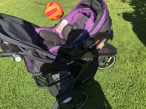 Baby Trend Stroller and Car Seat for Sale in Bellingham, WA