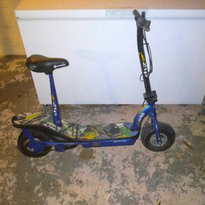 Ezip Scooter for Sale in Montgomery, AL