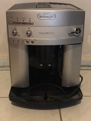 Delonghi Coffee Maker for Sale in Pompano Beach, FL