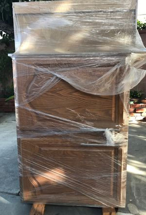 Kitchen cabinets /FREE- PICK UP ONLY for Sale in Montebello, CA