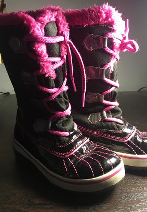 Sketchers Brand Winter Boots Girls 13 for Sale in Columbus, OH