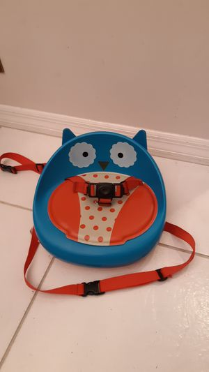 Skip Hop Zoo Owl Booster Seat for Sale in Plantation, FL