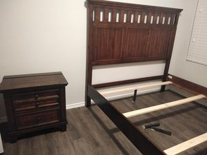 Queen bedroom set for Sale in Pflugerville, TX
