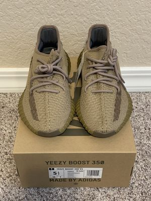 Adidas Yeezy Boost 350 V2 Earth 5.5. Off-White Virgil supreme bape authentic for Sale in Brier, WA