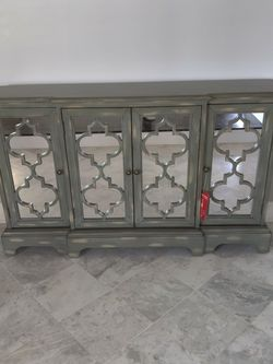 Entryway Table for Sale in Orland Park,  IL