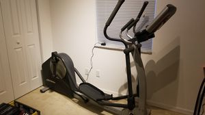 Life Fitness X1 Elliptical Cross-Trainer for Sale in Weston, FL