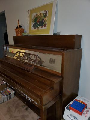 Antique Piano for Sale in Wilson, NC
