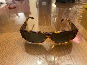 Sunglasses GUCCI for Sale in Surprise, AZ