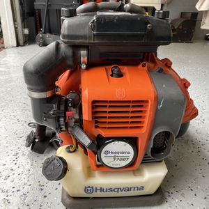 Husquarvana Back Pack Blower for Sale in Guilford, CT