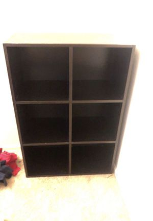 6 cube organizer and book shelf for Sale in Avondale, AZ