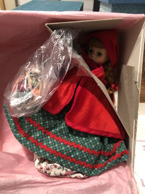 Madame Alexander Red Riding Hood Topsy doll for Sale in Puyallup, WA