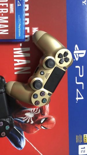 Ps4 controller gold for Sale in Columbus, OH