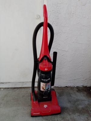 Vacuum cleaner for Sale in Ontario, CA