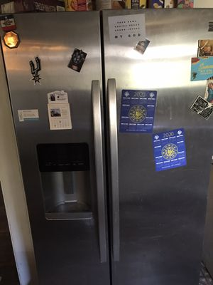 Kenmore in working condition fridge gets cool but not super cold for Sale in San Antonio, TX