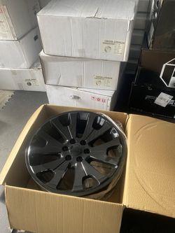 4 brand new Chevy Tahoe suburban Yukon Denali sz 22 for Sale in Renton,  WA