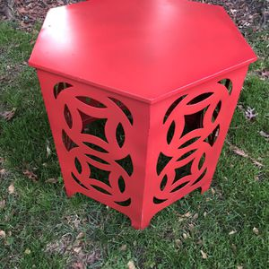Red Metal Cutout Table - Cute As Christmas Tree Stand for Sale in San Jose, CA