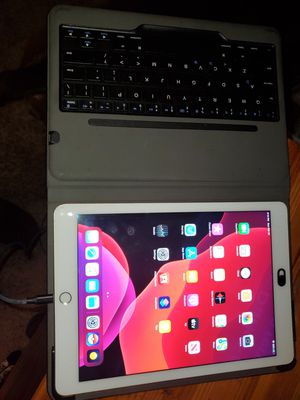 iPad air 2 for Sale in Covina, CA