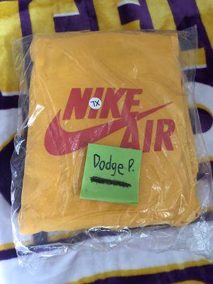 Travis Scott x Nike sweater for Sale in Los Angeles, CA