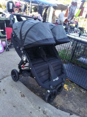 Gt city select double stroller /gt\ for Sale in Dallas, TX