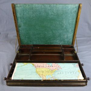 Antique Child's Wood Lap Desk Map Flip Chalkboard Made in USA in 1929 Lewis E Meyer Company for Sale in Casselberry, FL